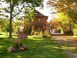 Homestead House Bed & Breakfast photos Exterior