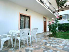 3-Bedroom Apartment In Porec Spadici photos Exterior