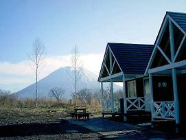 Petit Cottage Route 66 Niseko photos Exterior