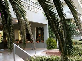Antonios photos Exterior