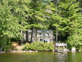 Lake Winnipesaukee 310 photos Exterior