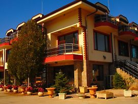 Guesthouse Teos photos Exterior