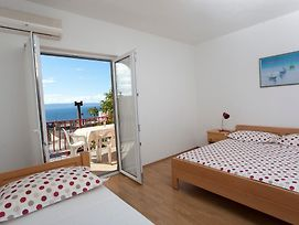 Apartments And Rooms With Parking Space Tucepi, Makarska - 13056 photos Exterior