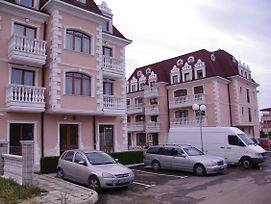 Hotel Aristokrat photos Exterior