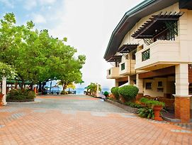 By The Sea Resort Hotel photos Exterior
