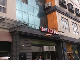 Motel 168 Nanjing Middle Gate Bus Station photos Exterior
