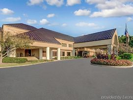 Homewood Suites By Hilton Indianapolis Carmel photos Exterior