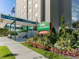Courtyard By Marriott New York Jfk Airport photos Exterior