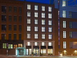 Hampton Inn Manhattan Seaport Financial District photos Exterior
