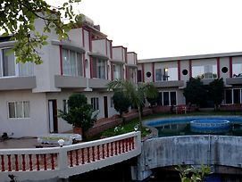 Sv-Inns Dwarkadhish Resort photos Exterior