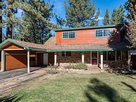 Timeless Tahoe House California Cabin photos Exterior