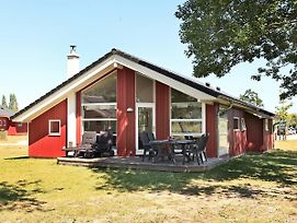 Three-Bedroom Holiday Home In Grossenbrode 4 photos Exterior
