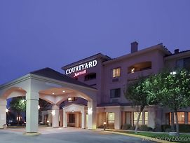 Courtyard By Marriott Salinas Monterey photos Exterior