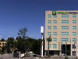 Holiday Inn Express Queretaro photos Exterior