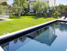 Bardolino Center Ground Floor With Pool And Garden photos Exterior