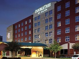 Doubletree By Hilton Hotel Dallas - Farmers Branch photos Exterior