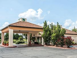 Quality Inn Marianna photos Exterior