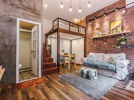 Cozy Apartment Best Location 637 photos Exterior