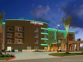 Courtyard By Marriott Victoria photos Exterior
