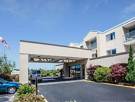 Quality Inn Grand Suites Bellingham photos Exterior