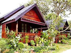 Baansuanlynjee Maeklong Resort photos Exterior