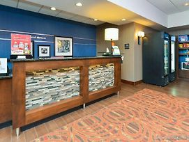 Hampton Inn Chicago-Carol Stream photos Exterior