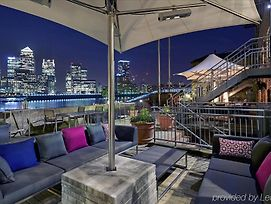 Doubletree By Hilton London Docklands Riverside Hotel photos Exterior