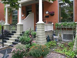 Avalon Bed And Breakfast photos Exterior