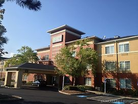 Extended Stay America - Boston - Waltham - 52 4Th Ave photos Exterior