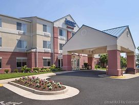 Fairfield Inn & Suites Dulles Airport Chantilly photos Exterior