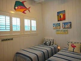 Luxury Homes By Beachtime Rentals Indian Rocks Beach photos Exterior