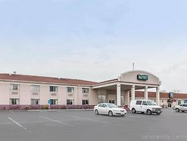 Quality Inn Scottsburg photos Exterior