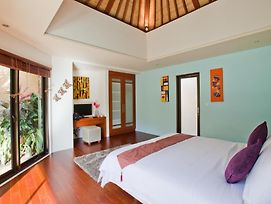 Villa Puteri photos Room