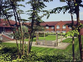Mercure Daventry Court Hotel photos Exterior