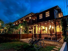 Gili Buana Hostel & Backpackers photos Exterior
