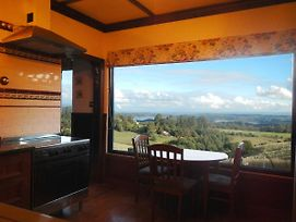 A Cottage With A View At Tudor Ridge photos Room