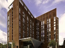 Doubletree By Hilton Hotel Leeds City Centre photos Exterior