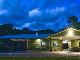 Daintree Peaks Eco Stays photos Exterior