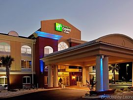 Holiday Inn Express And Suites Camden I20 Hwy 521 photos Exterior