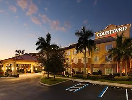 Courtyard By Marriott Sarasota University Park/Lakewood Ranch Area photos Exterior
