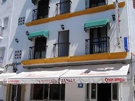 Hostal Malia photos Exterior