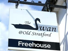 The Swan @Old Stratford photos Exterior