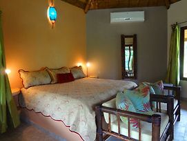 Manoas Luxury Camping And Villa Rentals photos Exterior