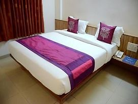 Oyo Rooms Sambhaji Nagar Thermax Pimpri photos Exterior