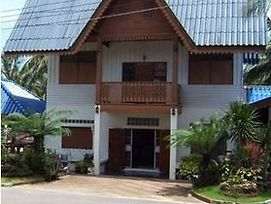 Baan Rim Talae Resort photos Exterior