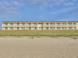 Drifting Sands Oceanfront Hotel photos Exterior