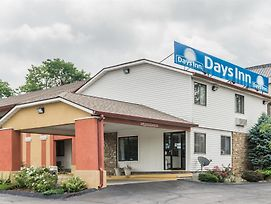 Days Inn Bloomington photos Exterior