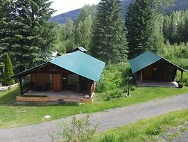 Wolfwood Guest Ranch photos Exterior