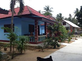 Sawai Home Resort photos Exterior