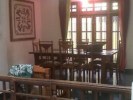 Luxury Home Stay In Colombo photos Exterior